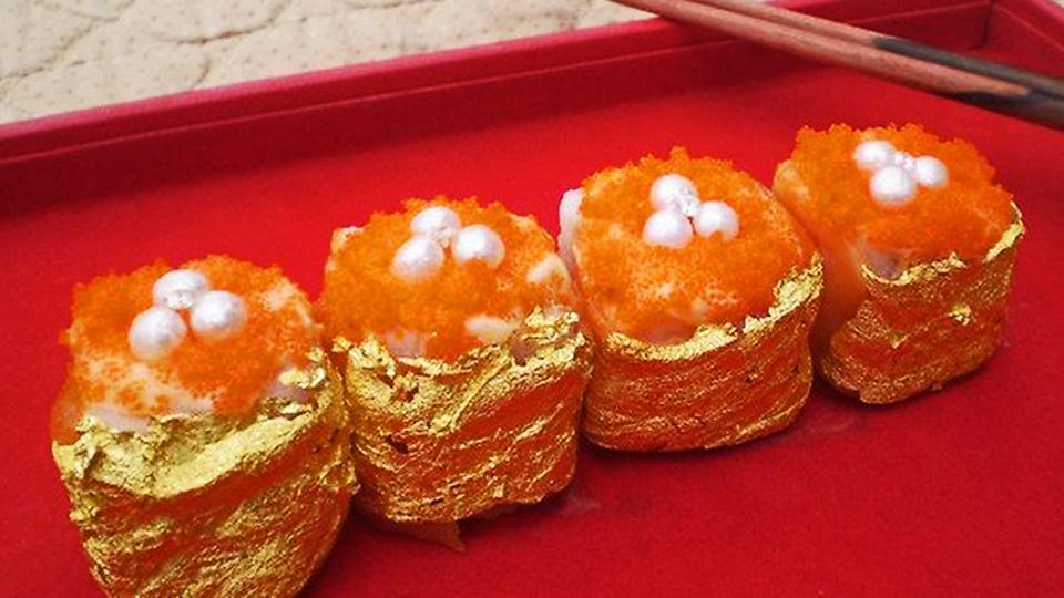 Rolls of Treasure Gold